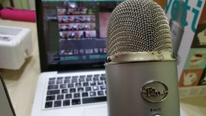 microphone-639192_640